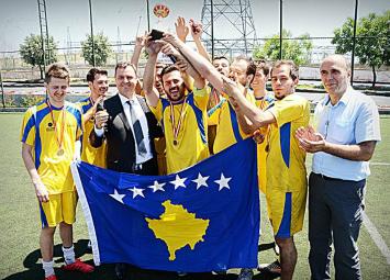 Studentët kosovarë triumfojnë në Turqi  Studentat2wide