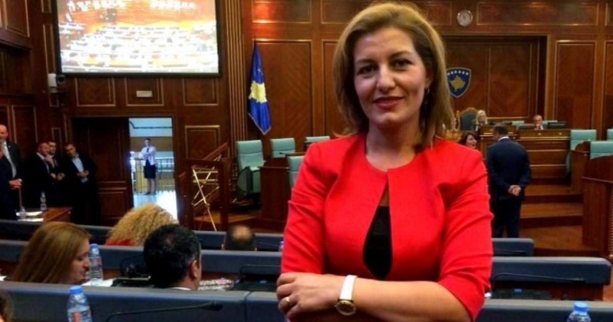 dekretohet-alma-lama-si-ambasadore-e-kosoves-ne-itali