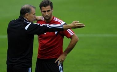 De Biasi fjalë të mëdha për Lorik Canën që është pensionuar nga Kombëtarja