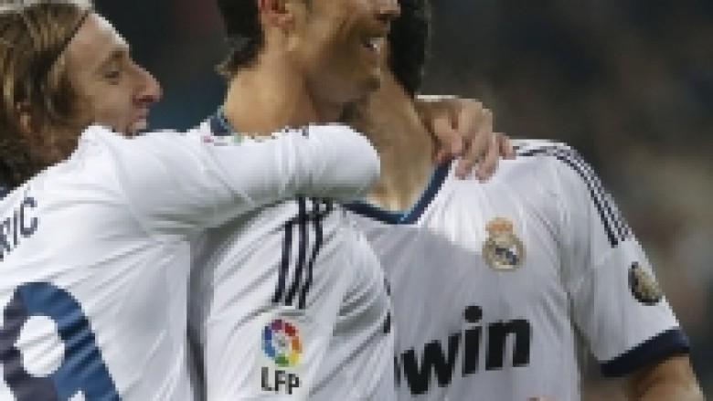 Ronaldo hesht 'Topat e Artë'