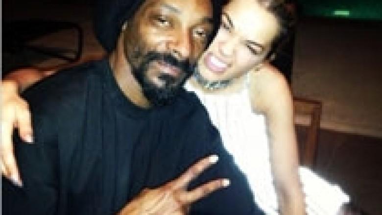 Rita Ora në shoqërinë e Snoop Dogg