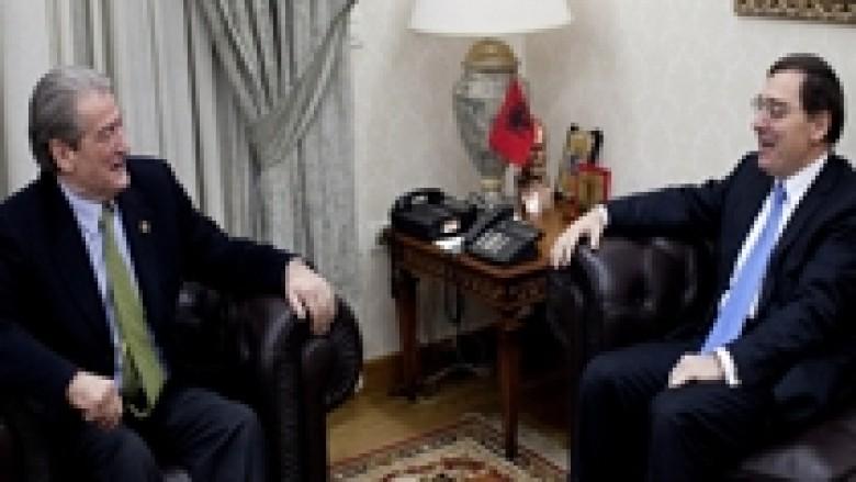 Berisha: Greqia e kapërceu me sukses krizën