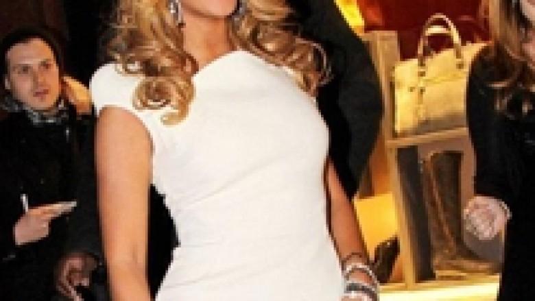 Beyonce zbulon këngën që e disponon