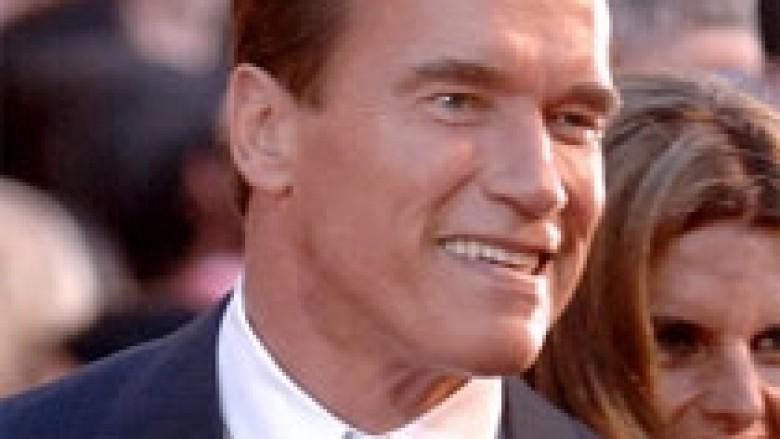 Arnoldi është kthyer (Video)
