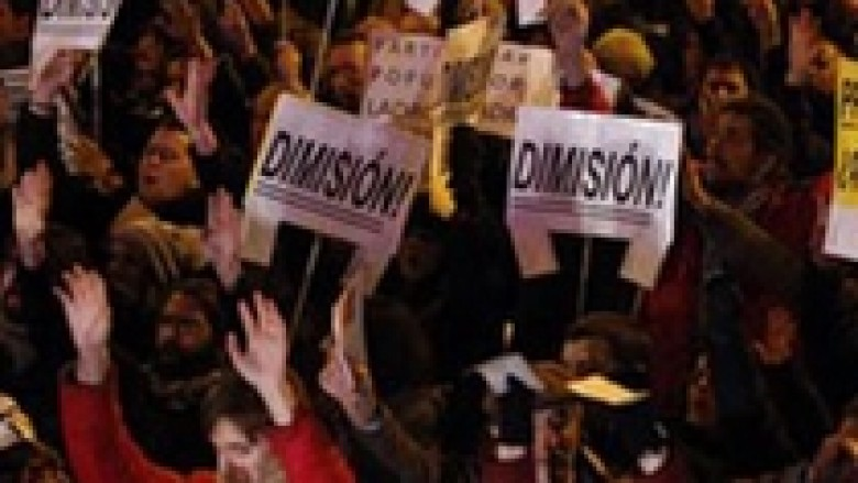 Spanjë, 740 mijë firma kundër kryeministrit