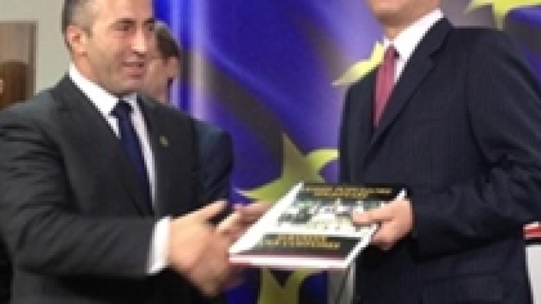 """VV: Thaçi e """"dogji"""" Haradinajn"""