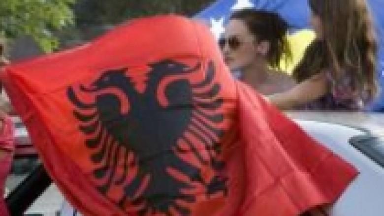 Tirana feston pesëvjetorin e pavarësisë