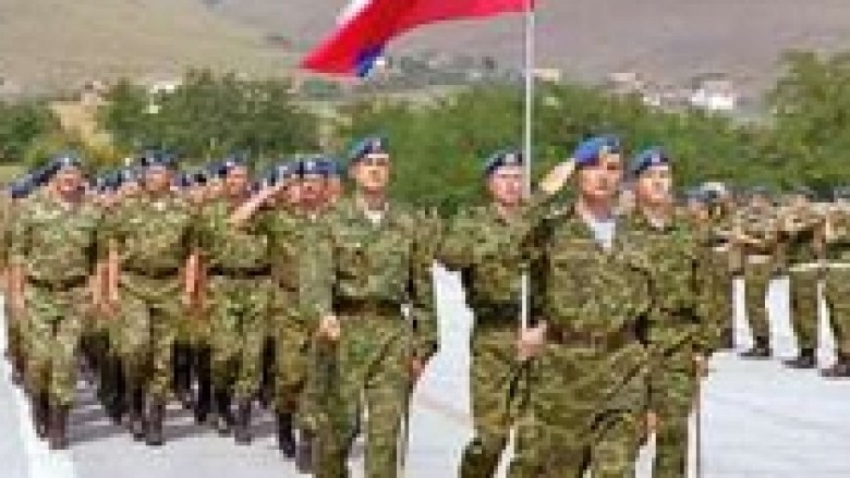Serbët e veriut kërkojnë kthimin e KFOR-it rus