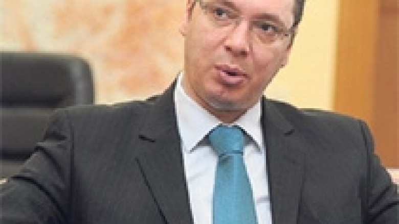 Vucic kërkon nga serbët e veriut zbatimin e marrëveshjes