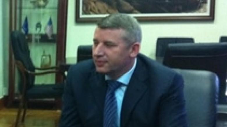 Selimi thotë se për korrupsionin në Kosovë, fajtor qytetarët