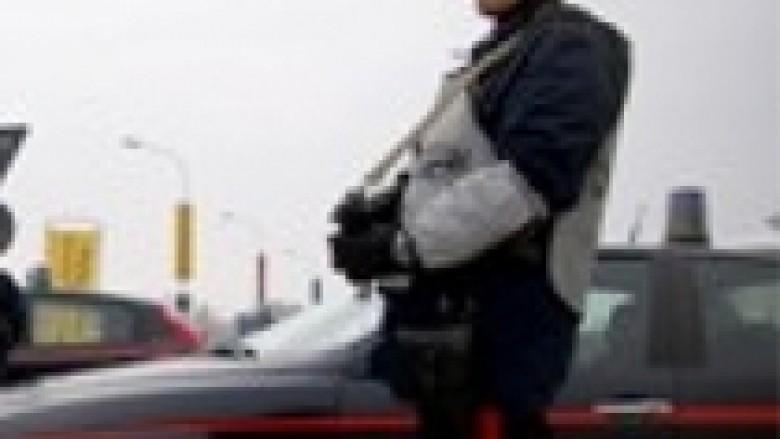 Milano, shqiptari hedh gruan nga kati i nëntë