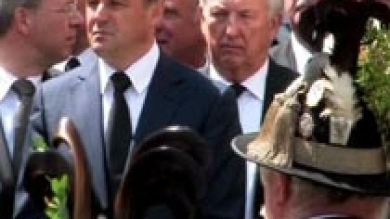 Hoxhaj ngushëllon familjen e Otto von Habsburg