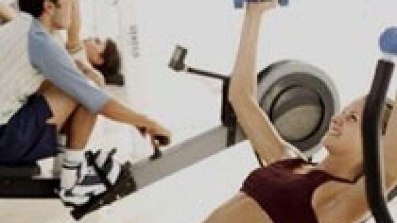 Stërvitjet me pesha dhe ndikimi mbi muskujt