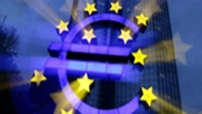 Eurozonë, rënie edhe më 2013