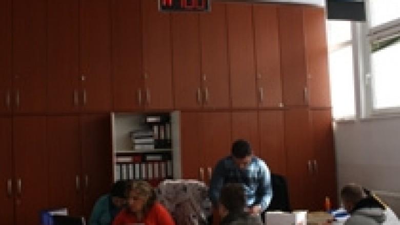 Modernizohen shërbimet në Zyrën e gjendjes civile në Mitrovicë