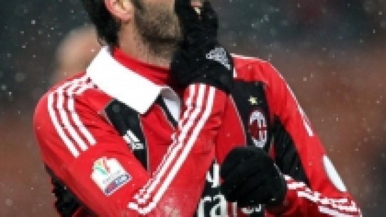 Milani, sinjal Juves para çerekfinales