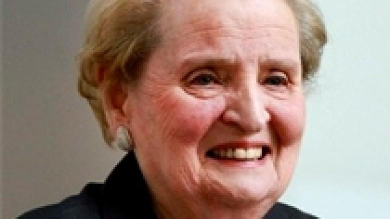 Albright tërhiqet nga PTK
