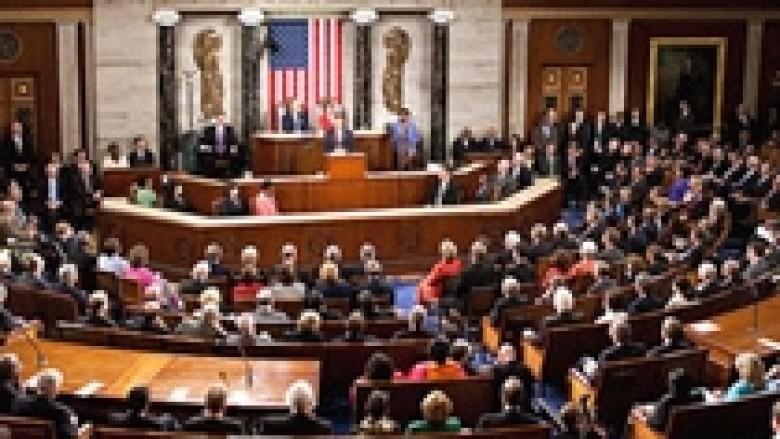 """Reid: SHBA drejt """"greminës fiskale"""""""