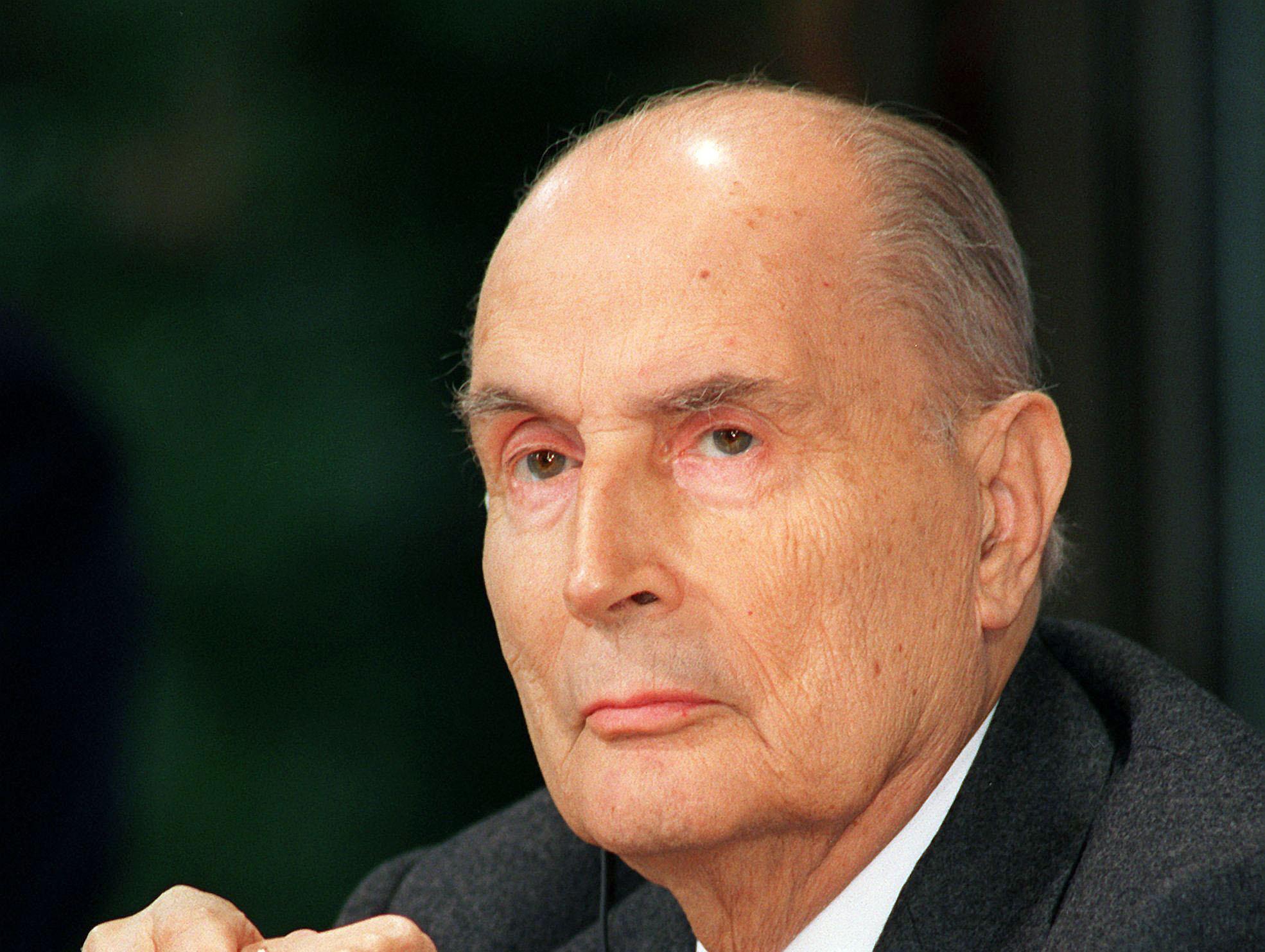Francois-Mitterrand-15-ans-d-amour-avec-sa-journaliste-suedoise
