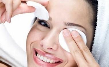 Femrat në gjithë botën vënë sodë bikarbonati nën sy. Rezultatet do t'ju mrekullojnë!