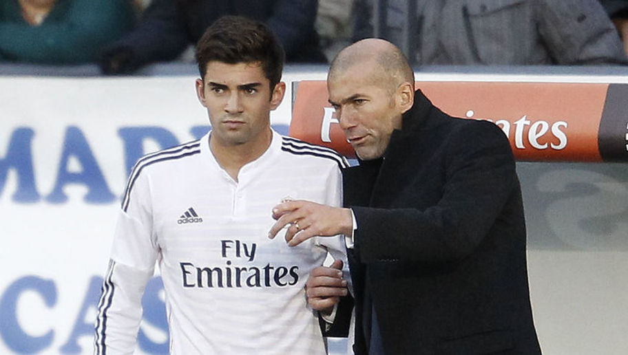 Second B match between Castilla and Conquense. In this picture, Enzo Zidane and Zidane.