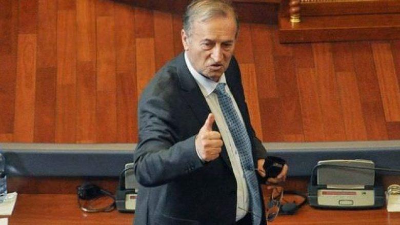Për Azem Sylën folën Thaçi e Veseli, hesht Kryeministri dhe opozita