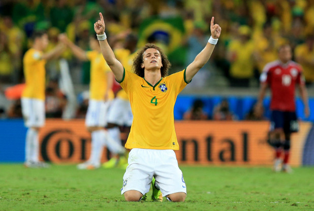David-Luiz-Prayer