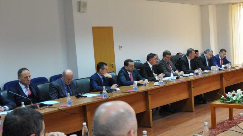 Gjashtë kryetarë komunash shpërfillin raportimin para kuvendeve