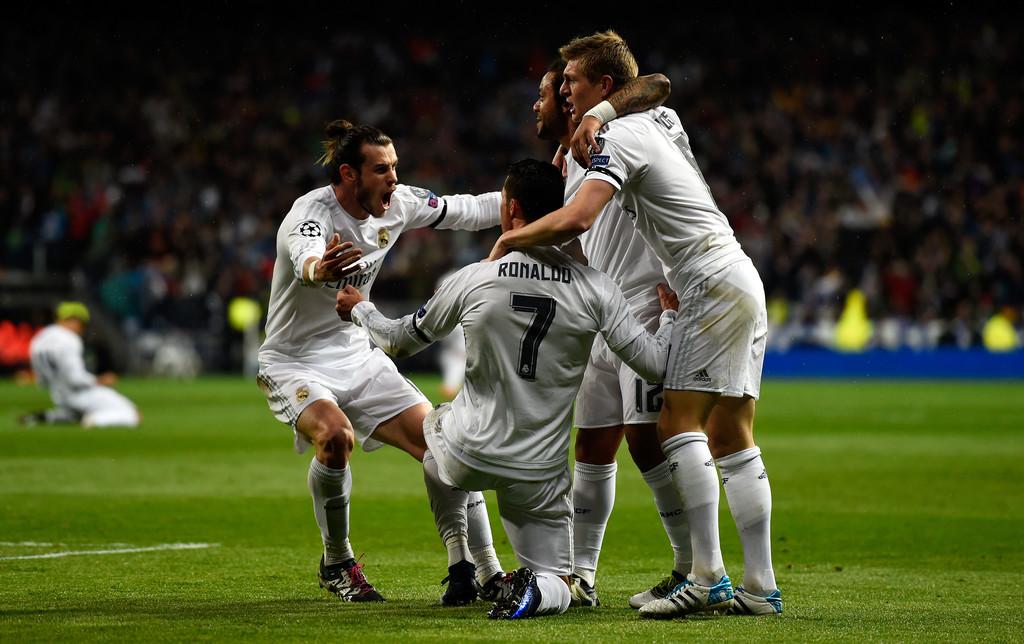 Real+Madrid+CF+v+VfL+Wolfsburg+UEFA+Champions+Pgg8RnLufmwx