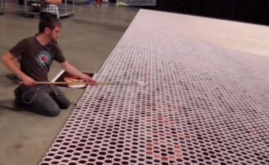 """I mbushën 66 mijë gota me """"ujë të papastër"""" – ja rezultati! (Video)"""
