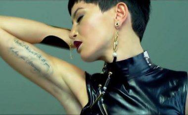 Dafina Zeqiri e sinqertë: Ky videoklip i imi nuk më pëlqen! (Video)