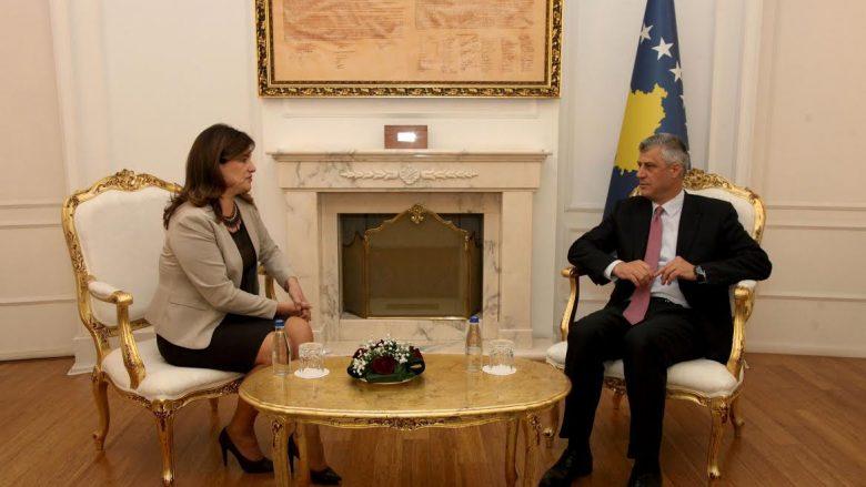 Thaçi takoi Valdete Dakën, flasin për reformën zgjedhore