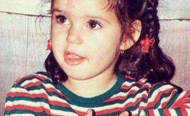A e njihni cila aktore turke është kjo vogëlushe? (Foto)