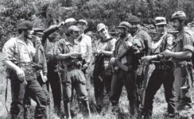 """Guerrilas """"Made in Albania"""": Si mori përsipër Enver Hoxha të stërviste grupet e huaja marksiste (Video)"""