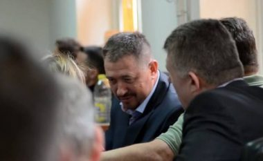 Kryetari në burg, 95 për qind e qytetarëve të kënaqur me punën e tij