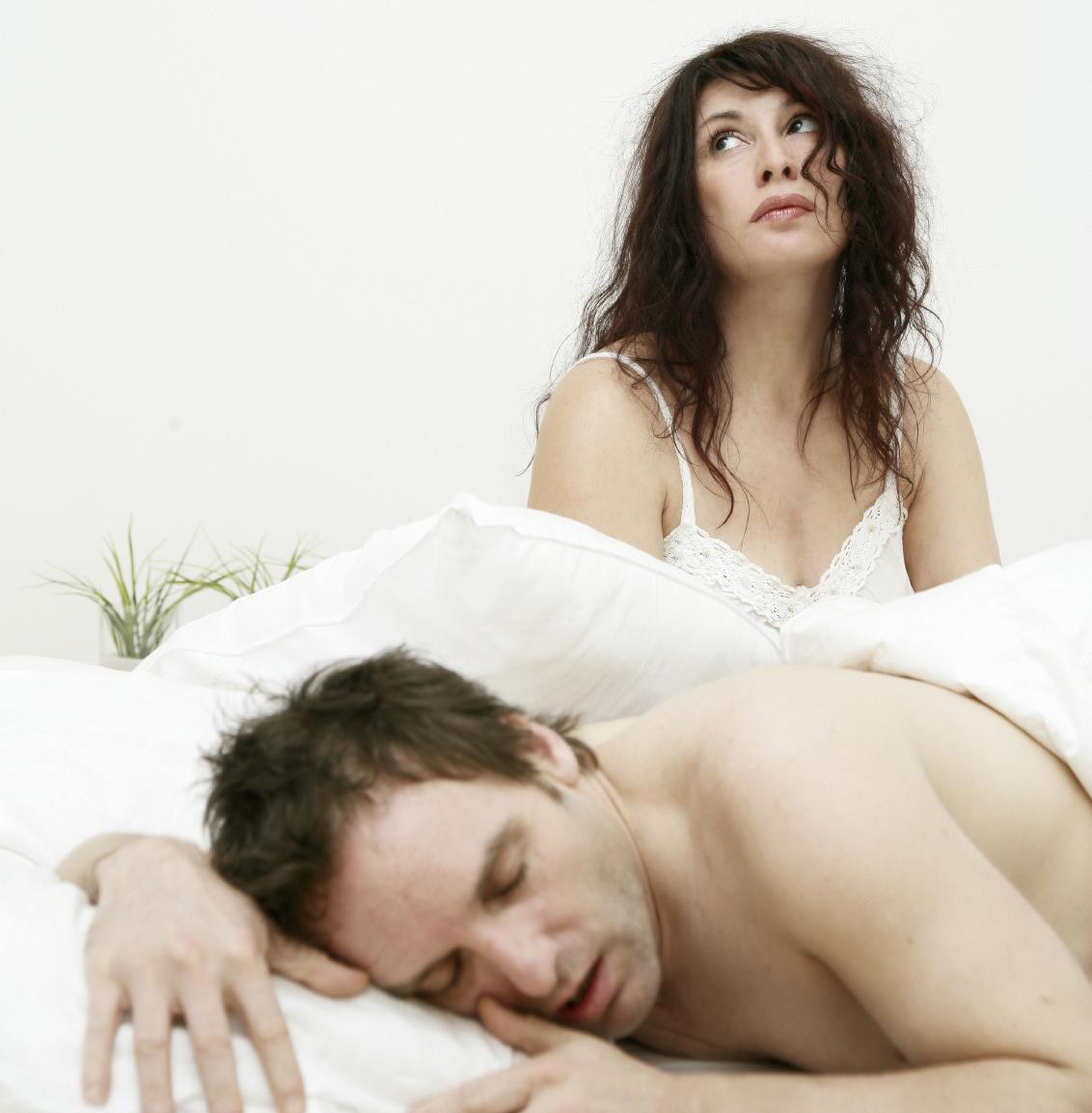 sleeping_couple_lg