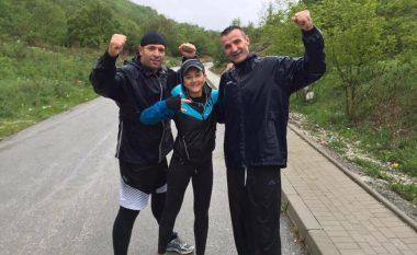 Mimoza Kusari vendimin e UEFA-s për Kosovën e pret duke vrapuar në Gërmi (Foto)