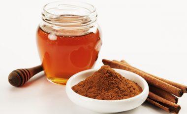 Përfitimet që vijnë nga përzierja e mjaltës me kanellë