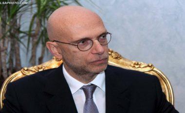 """Ambasadori italian sqaron """"përgjimin"""""""