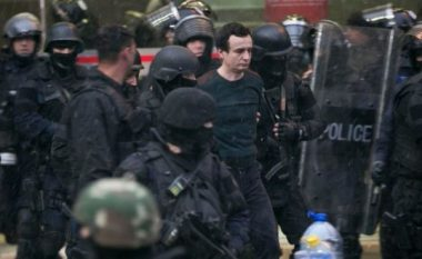 Policia e gatshme për hetime rreth arrestimit të Albin Kurtit (Video)