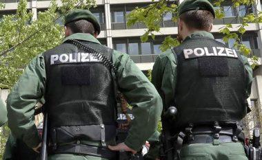 Të shtëna me armë në Frankfurt, dy të plagosur