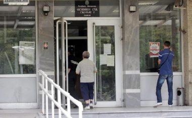 Gjykatësi i papërgatitur, shtyhet seanca gjyqësore për demoluesit e zyrës së kryetarit Ivanov