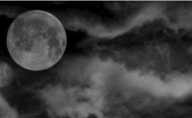 Zbulohen mbetje të qytetërimit të lashtë në Hënë: Gjenden prova të rëndësishme të kullës së lartë 60 metra (Video)