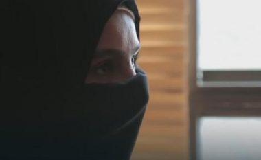 ISIS shet përmes Facebookut gratë e zëna rob: 8.000 dollarë për një vajzë, por mund të negociohet çmimi