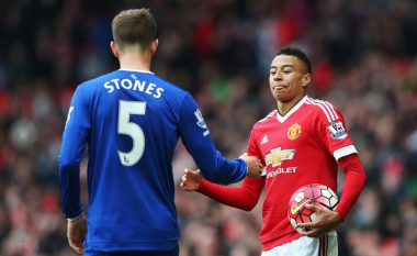 United dhe City në luftë për Stones