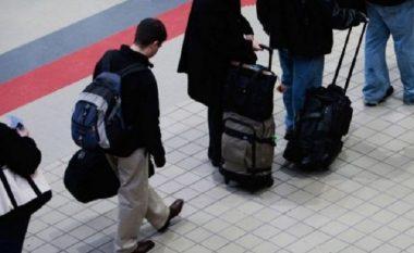 Papunësia, largon qytetarët nga Maqedonia! (Foto)