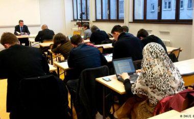 Këshilltarja ligjore evropiane: Lejohet ndalimi i shamisë në punë