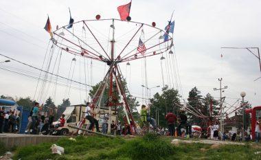 Numër i madh i njerëzve festojnë Shën Gjergjin në Prizren