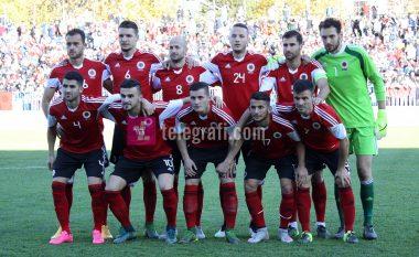 Shqipërisë i lëndohet një mesfushor