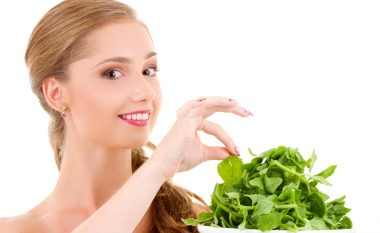 Ushqimet që largojnë lodhjen dhe ju bëjnë më aktivë